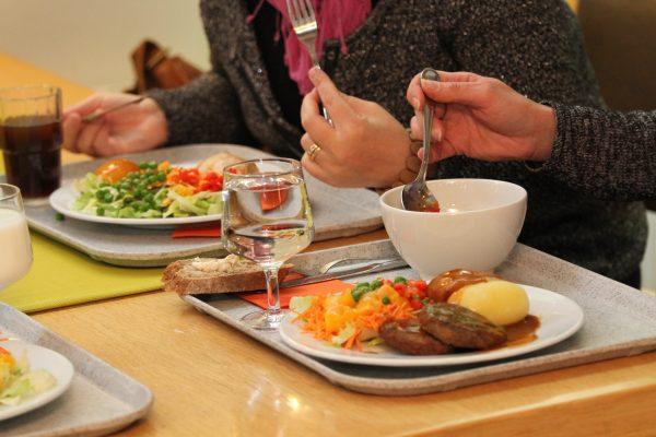 Makunne Ravintola Hoiku, Kymen Hoito- ja Kuntoutuskeskus -artikkelikuva